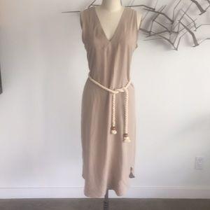 Karen Zambos v neck Dress w/ belt